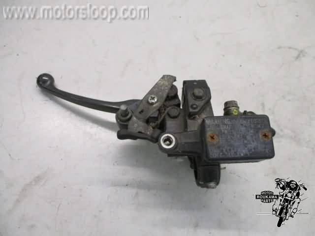 Honda FES250(MF04A) Rempomp links