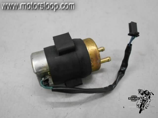 Honda VF500F(PC12) Benzinepomp 16710-MF2-000